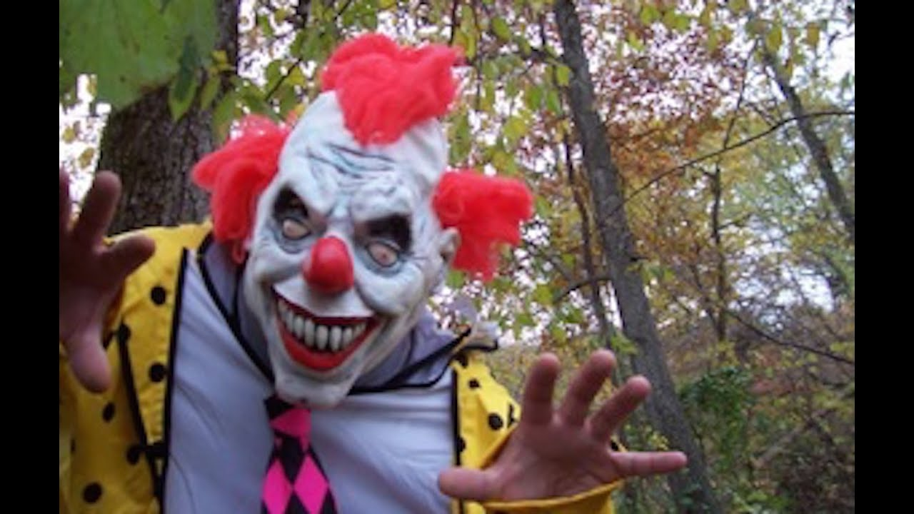 Clowns Trying To Lure Children Into Woods In South Carolina thumbnail