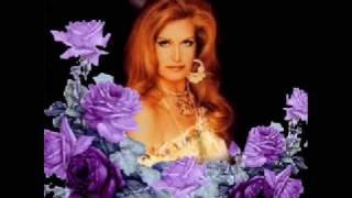 Kadr z teledysku Voglio che nessuno sappia mai tekst piosenki Dalida