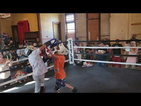 THESE KIDS GOING FOR THE KNOCK OUT (PITTSBURGH/UFL)