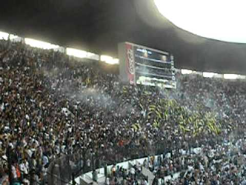 """Rebel.- Gol vs america (myspace.com/pumas_rebel)"" Barra: La Rebel • Club: Pumas"
