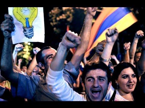 Поліція силою розігнала мітинг у Єревані - 51 особа постраждала. #UBR 21.07.2016