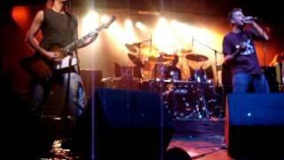 MAL PASAR - Canto a la lluvia, La mar -- Auditorio Sur -- Temperley -- 26-12-2009.MPG