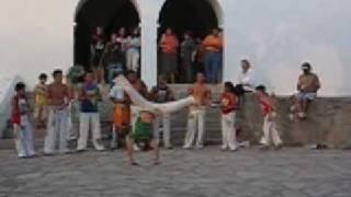 preview picture of video 'Capoeira Topazio Ibiza'
