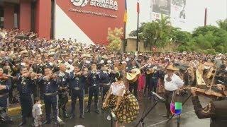 Mariachis rompen récord Guinness en Guadalajara - Noticiero Univisión
