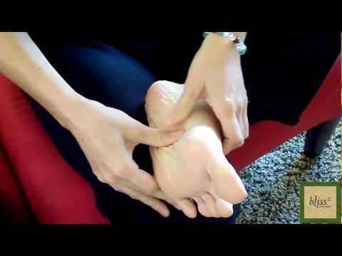 Video How To Massage Your Own Foot - Massage Monday #113