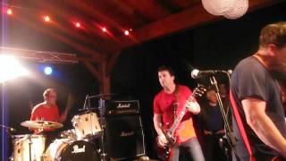 """Chixdiggit! """"You're Pretty Good"""" live @Spazio 4 (PC) 30-04-2012"""