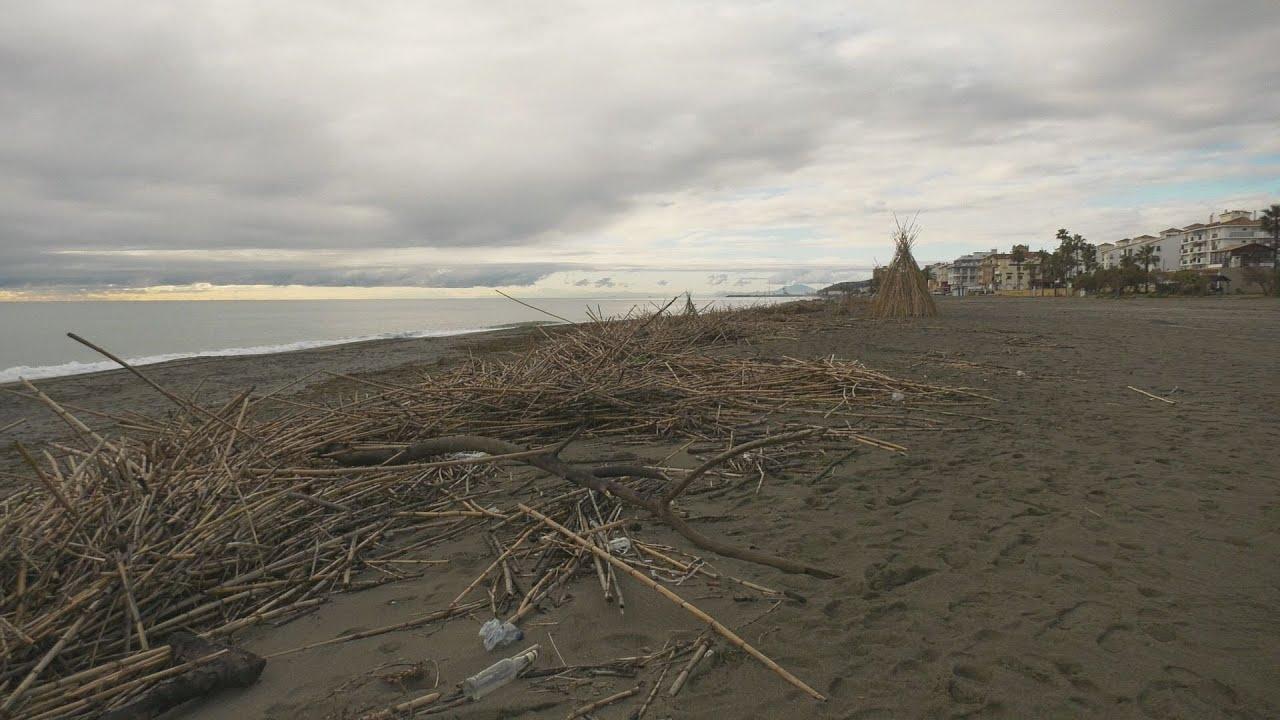 El Consistorio remitirá un informe a Costas para la limpieza litoral
