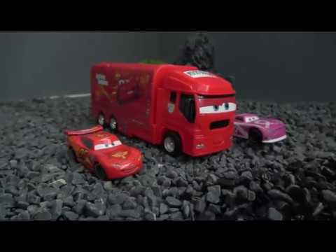 Disney Cars, A New Mac Truck, Runs Off-road! Toy Play