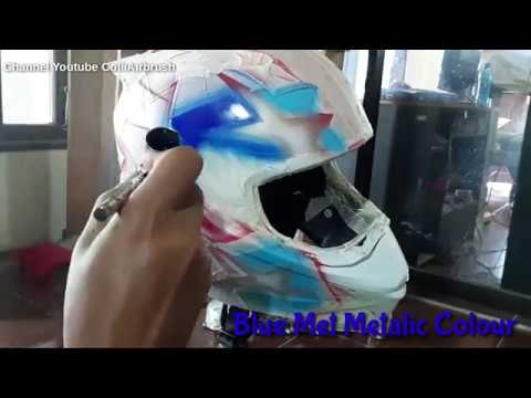 Air brush painting on a helmet [13:22]