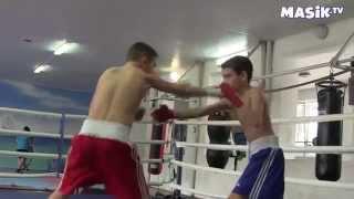 тренировка в спортивной секции бокса