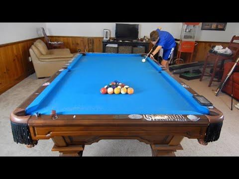 How to Rack and Break in 8 Ball