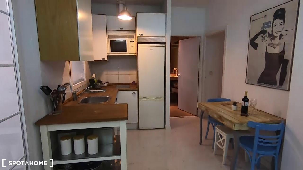 Spacious 1-bedroom apartment for rent in Lavapiés