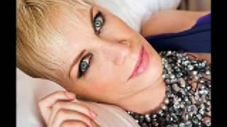 Annie Lennox - Pavement Cracks (Gabriel & Dresden Mix)