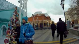 Иду к метро Театральная после поездки на автобусе К