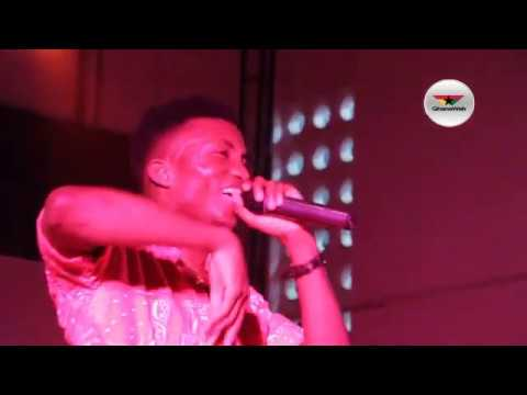 Video: Kofi Kinaata's performance at Music Magic Comedy Live concert