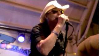 "Robin Zander of Cheap Trick performing The Who's ""My Generation"""