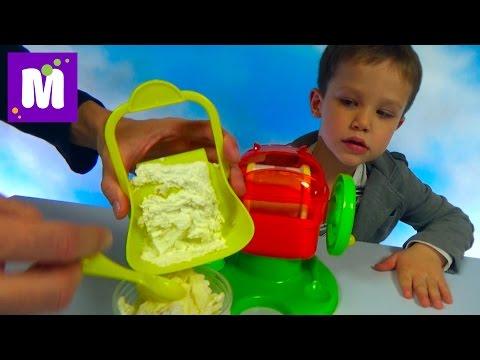 Макс делает праздничное мороженое пломбир с медвежуйками (видео)