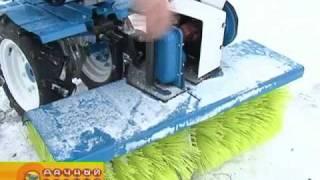 Борьба со снегом при помощи мотоблока НЕВА видео