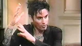 Mötley Crüe 1997 Live with Regis   YouTube