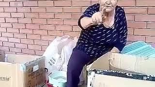 """Внимание всем, кто относит котят к """"доброй"""" бабушке Гале на Ярмарку!  Павлодар"""