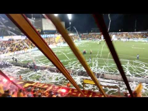 """Garra  Herediana - Infierno rojiamarillo"" Barra: Garra Herediana • Club: Herediano • País: Costa Rica"