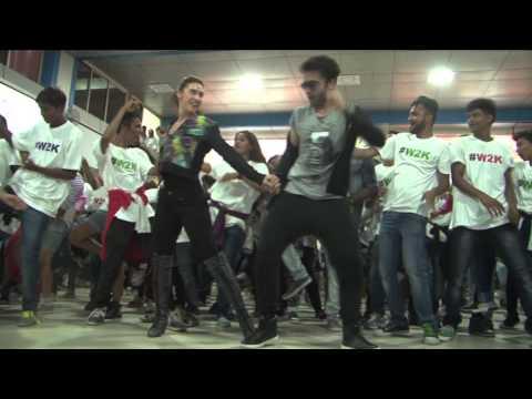 Welcome 2 Karachi Flashmob