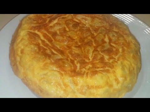 Tortilla de patata con queso provolone