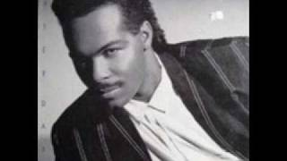 Ray Parker Jr – I Dont Think That Man Should Sleep Alone