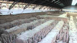 preview picture of video 'Terracotta Army - Panorama of Pit 1'