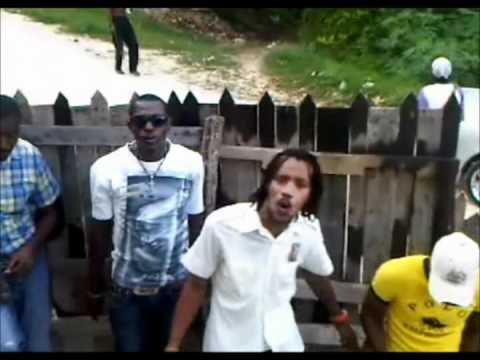 cronsyncro{buss out dem head} official video. {M.P-.P FILM} EDIT&PROD BY{ LLOYD BURKE}