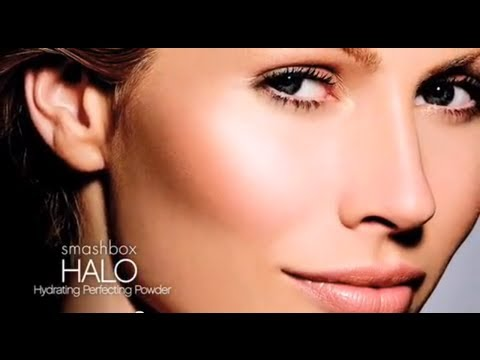 HALO Hydrating Perfecting Powder by Smashbox #2