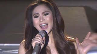 Sarah Geronimo sings 'Grown Up Christmas List'