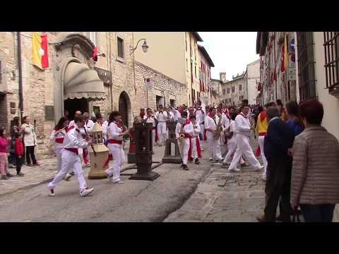 Banda musicale - Quel mazzolin di fiori live - Festa dei ceri 2016 Gubbio15 maggio букетик цветов
