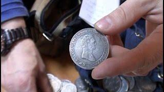Цыган продал хабаровскому бизнесмену поддельные монеты почти на миллион рублей.MestoproTV