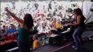 "The Donnas - ""Who Invited You"" Live"