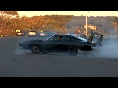 Amazing Custom 1969 Dodge Daytona