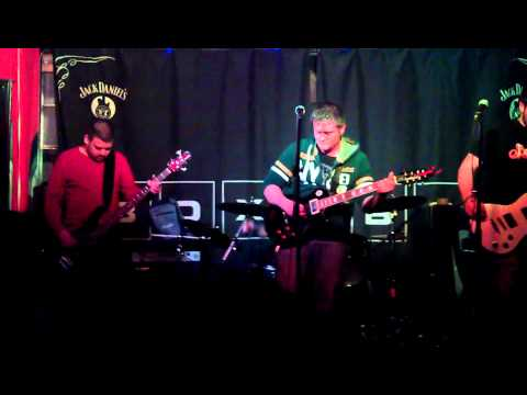 No Egos - Fading Away live @ The Box.3gp