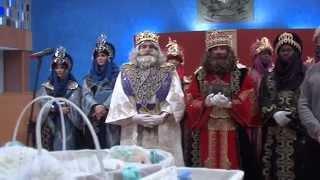 preview picture of video 'Los Reyes Magos han recibido de manos del alcalde de Barakaldo las llaves de la ciudad'