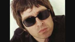 Noel Gallagher- There Is A Light That Never Goes Out Live (Best Quality)