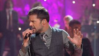 Ricky Martin - Shine (Live) [The 12th Annual A Home For The Holidays] High Definition