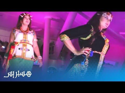 العرب اليوم - شاهد:معرض للأزياء الأمازيغية يستقطب العديد من مصممي الأزياء