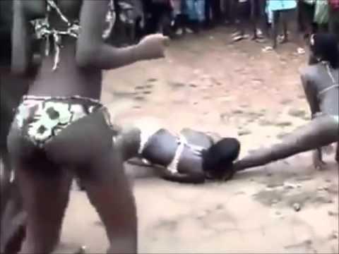 Mapouka Big Ass Sexy Dance To The Beach
