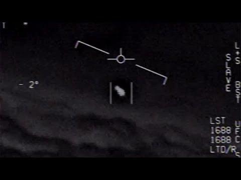 العرب اليوم - شاهد: البحرية الأميركية تؤكد التقاط صور أجسام طائرة غريبة