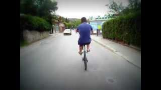preview picture of video 'Zadnji točak, kroz Sarajevo 2012, 900m'