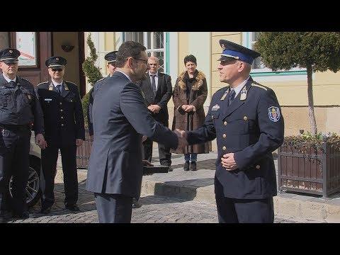 Rendőrautó átadás - video preview image
