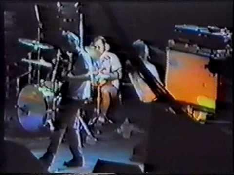 Kyuss - 05 - 50 Million Year Trip (Downside Up) (Live Helsinki 1995)