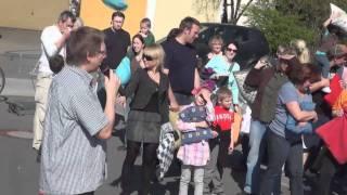 preview picture of video 'flashmob katholische kirchengemeinde untergrombach'