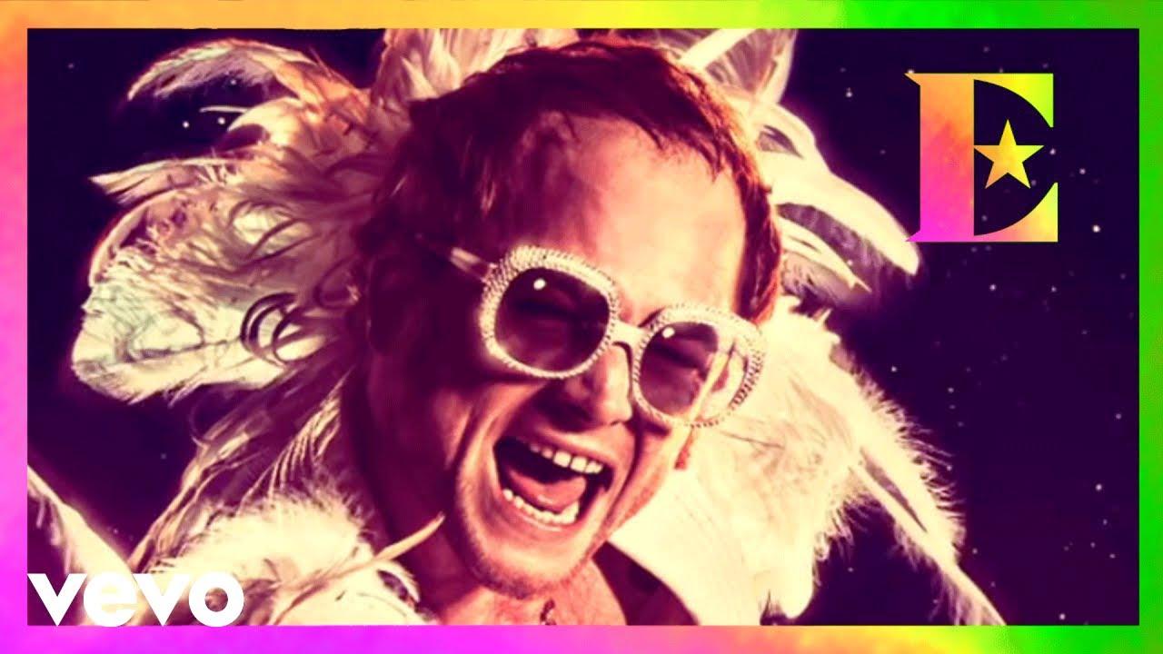 """""""(I'm Gonna) Love Me Again"""" une las voces de Elton John y Taron Egerton"""