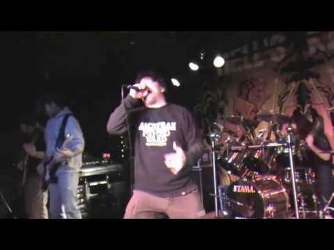 Yuck Fou - Execute The Revolt 1/8/11