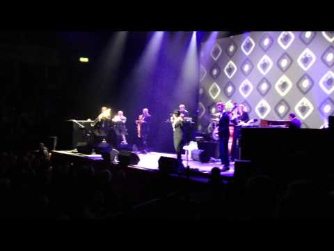 Caro Emerald - Pack Up the Louie (Royal Albert Hall)